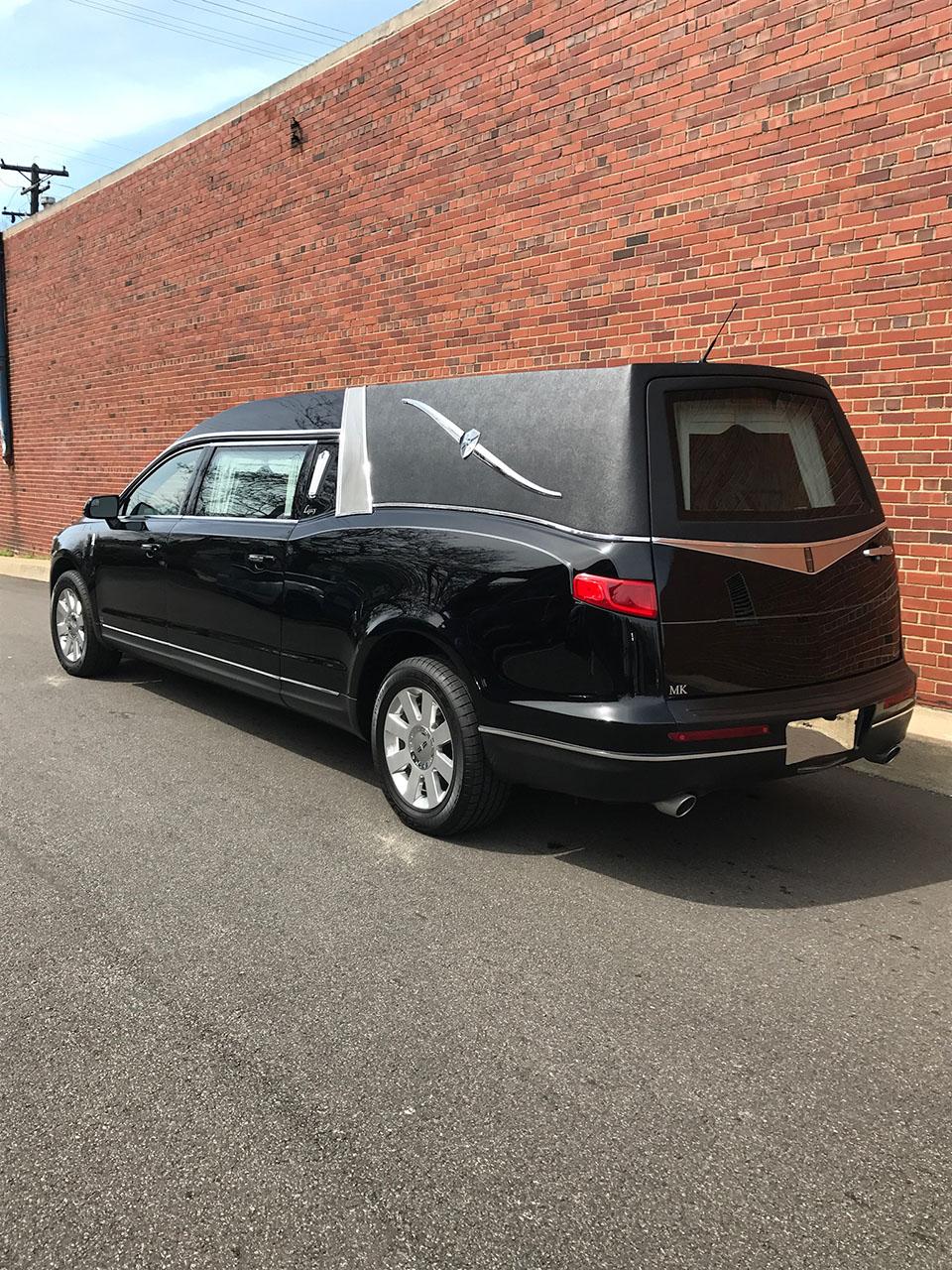 2016 Lincoln Mk Legacy Hearse