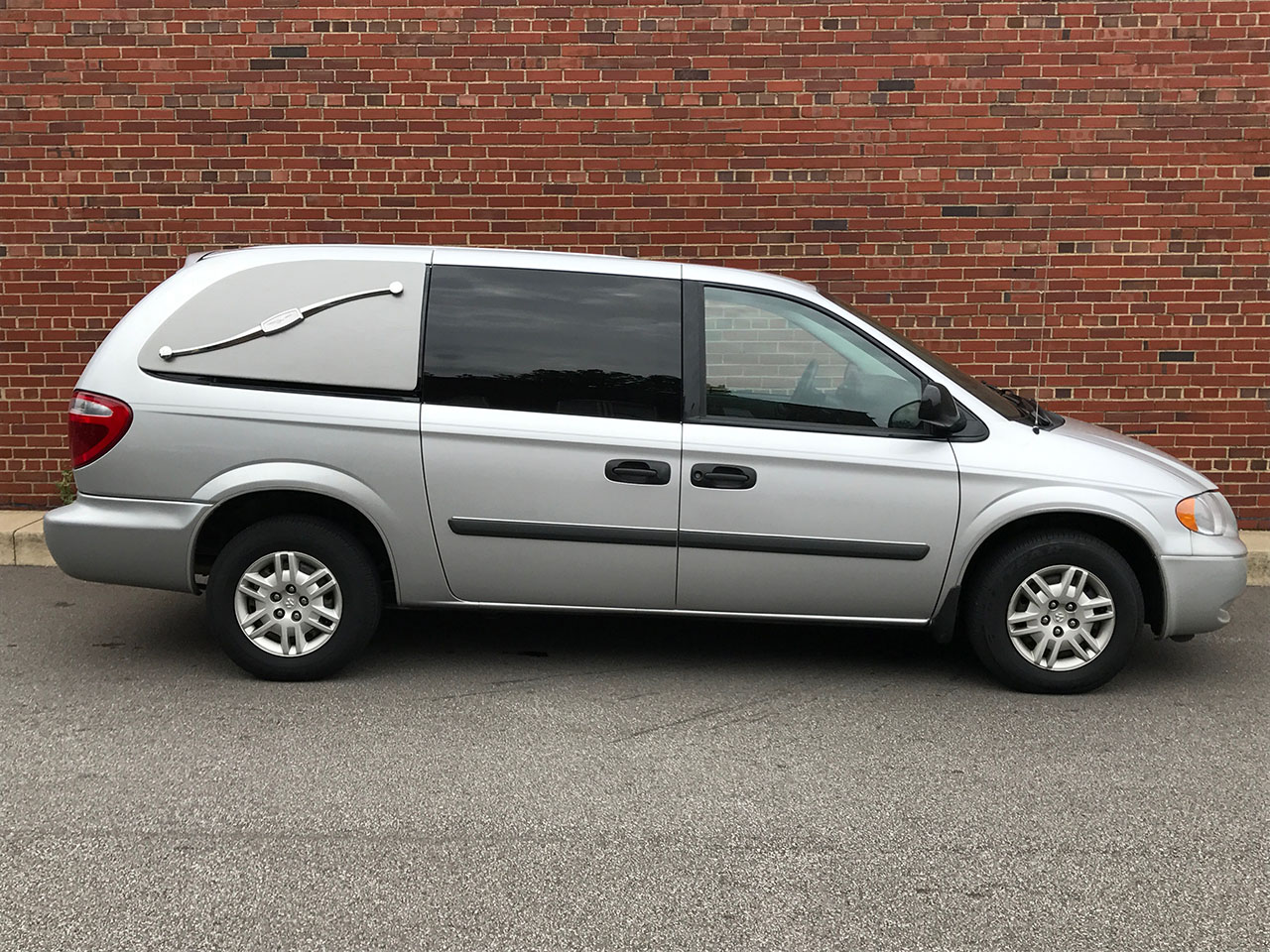 2005 Dodge Eagle 1st Call Van Van