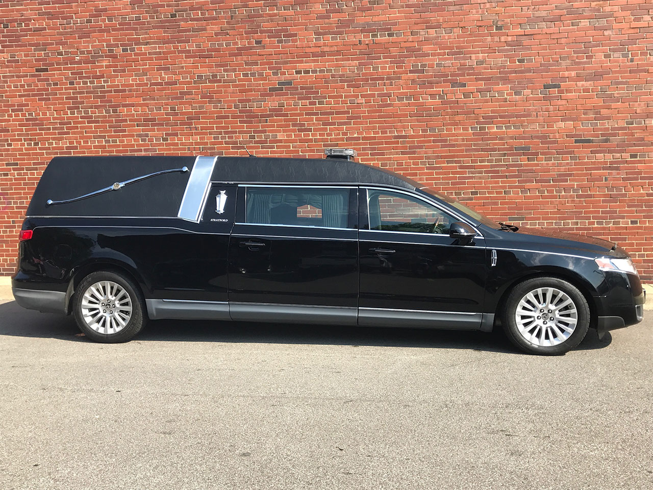 2012 Lincoln Federal Stratford Hearse