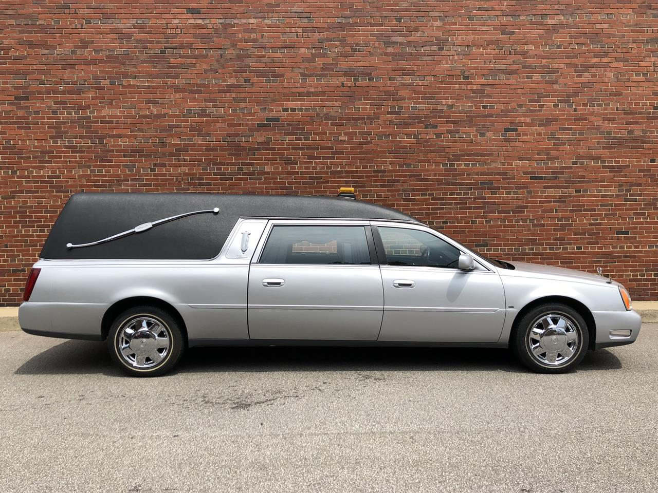 2005 Cadillac Eagle Ultimate Elite Hearse