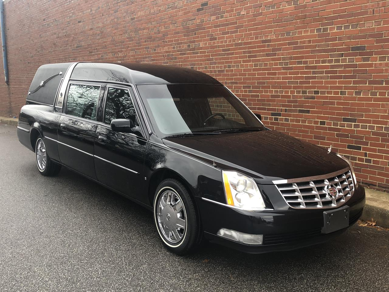 2006 Cadillac Superior Crown Sovereign Hearse 93 2