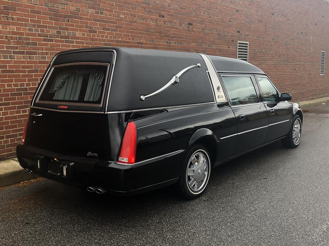 2006 Cadillac Superior Crown Sovereign Hearse 93 3