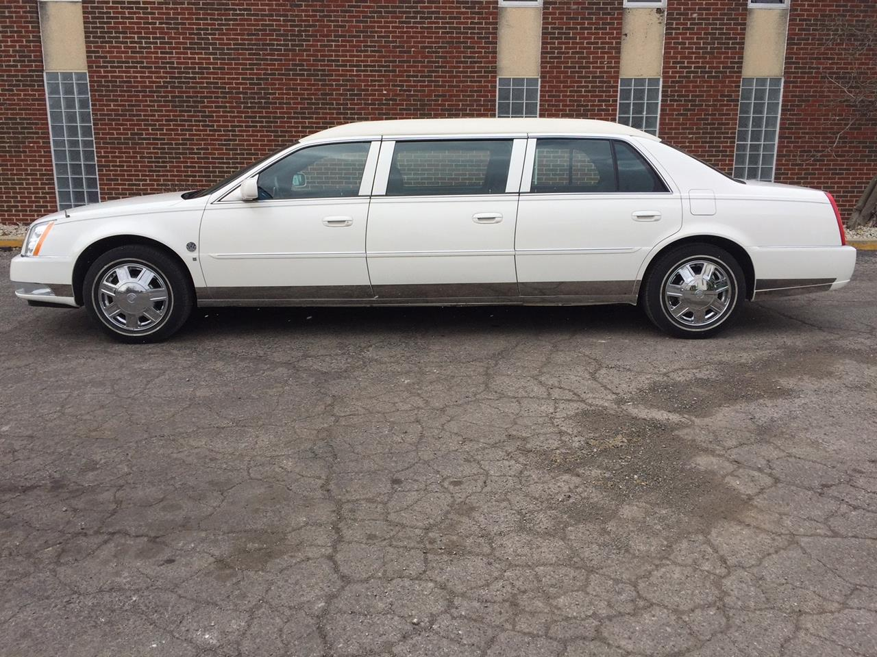 2007 Cadillac Eagle Regency 6 Door Limousine