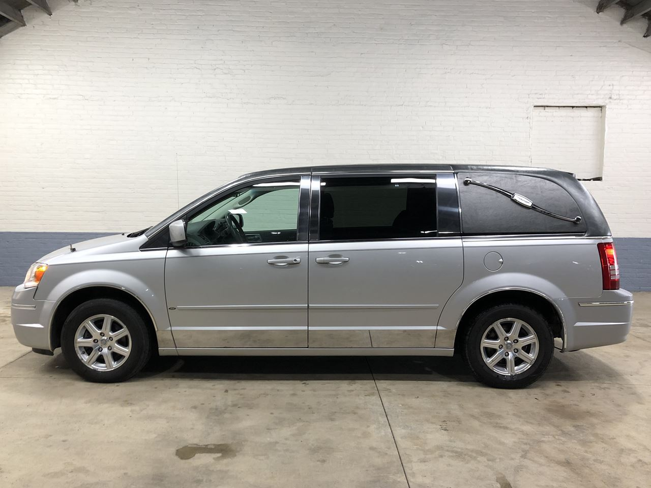 2008 Chrysler Eagle 1st Call Van Van