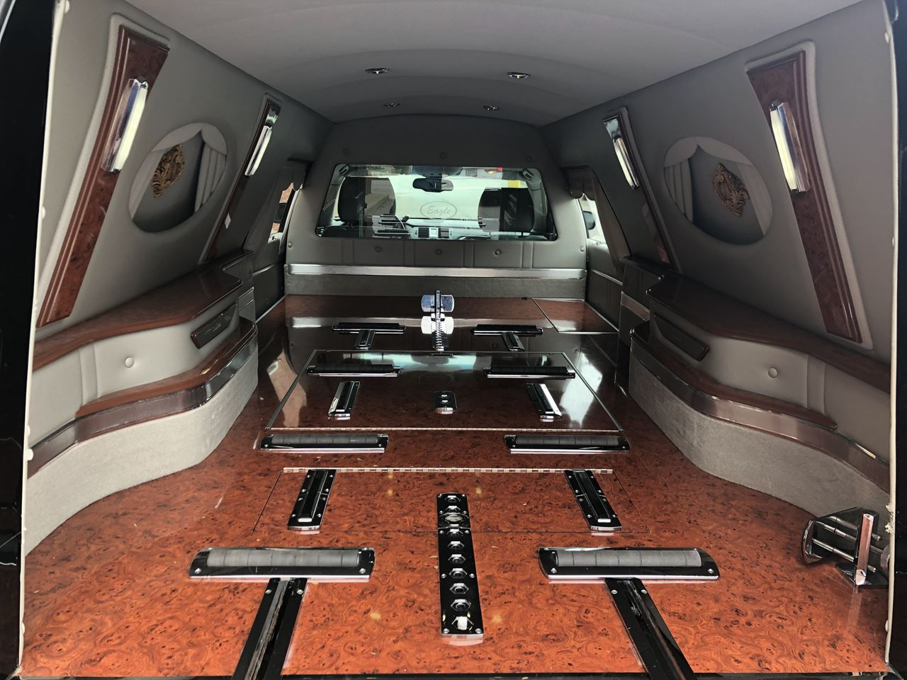2011 Cadillac Eagle Kingsley Hearse 18 7