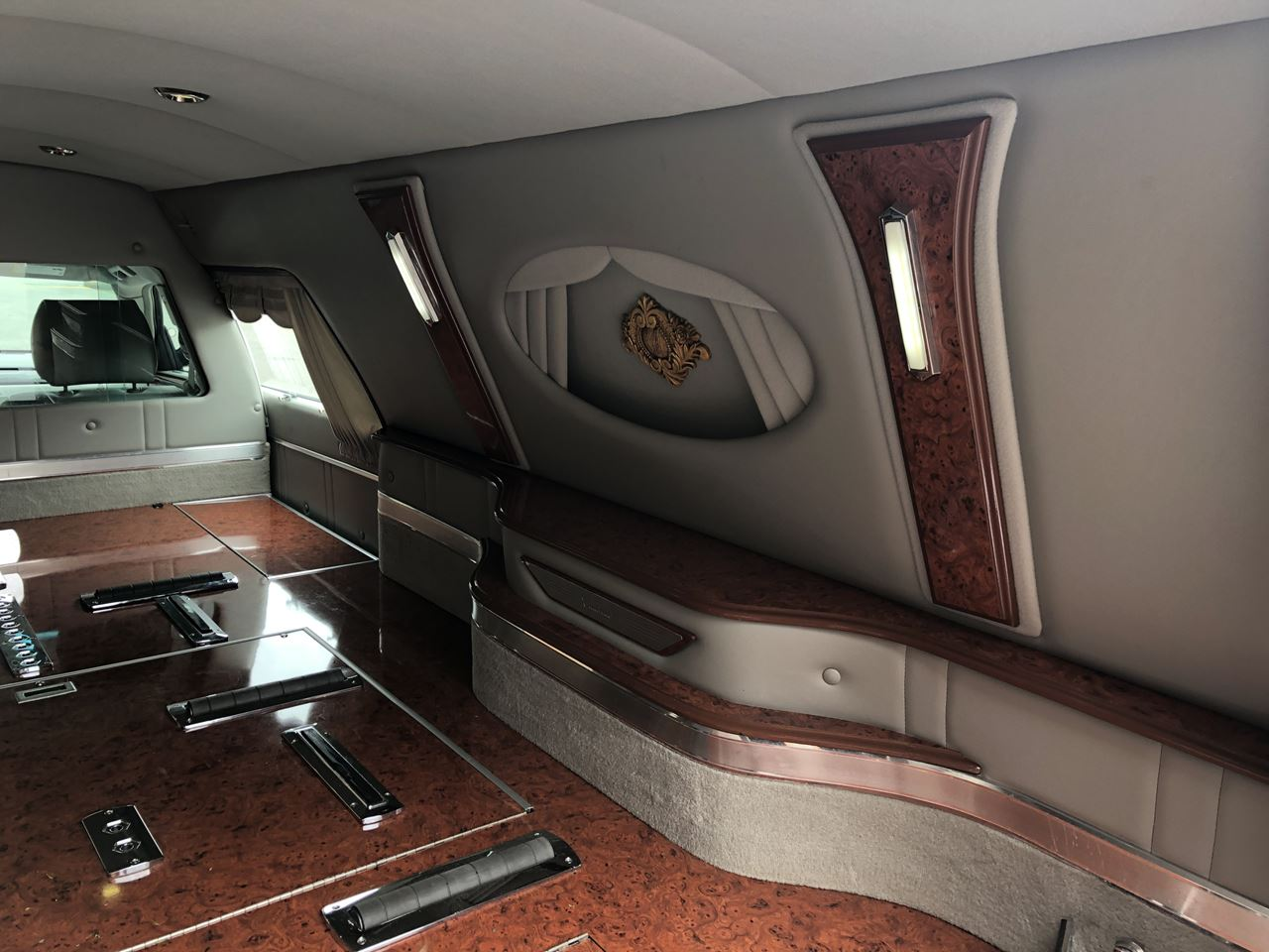 2011 Cadillac Eagle Kingsley Hearse 18 8