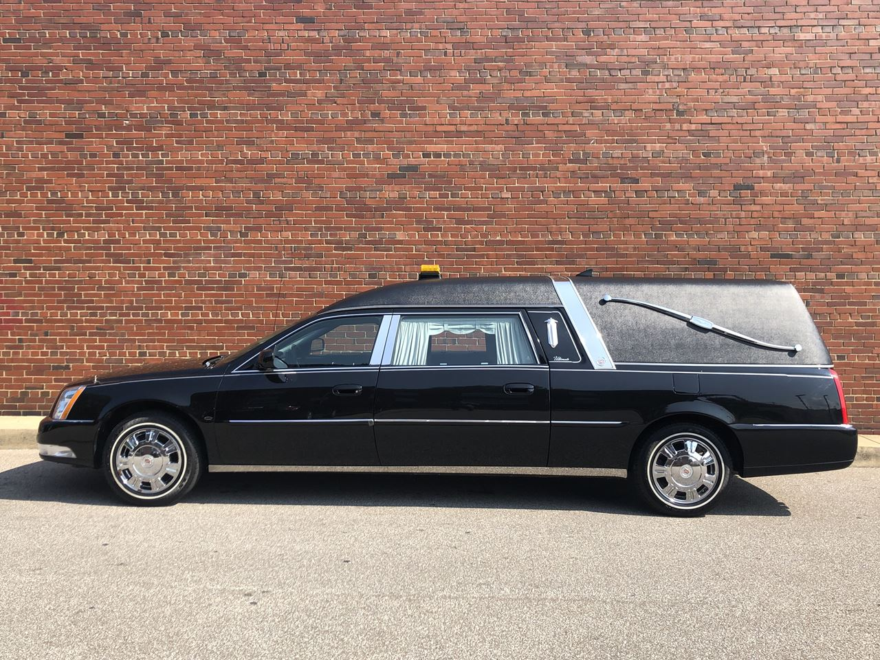 2011 Cadillac Eagle Ultimate Elite Hearse 1 14