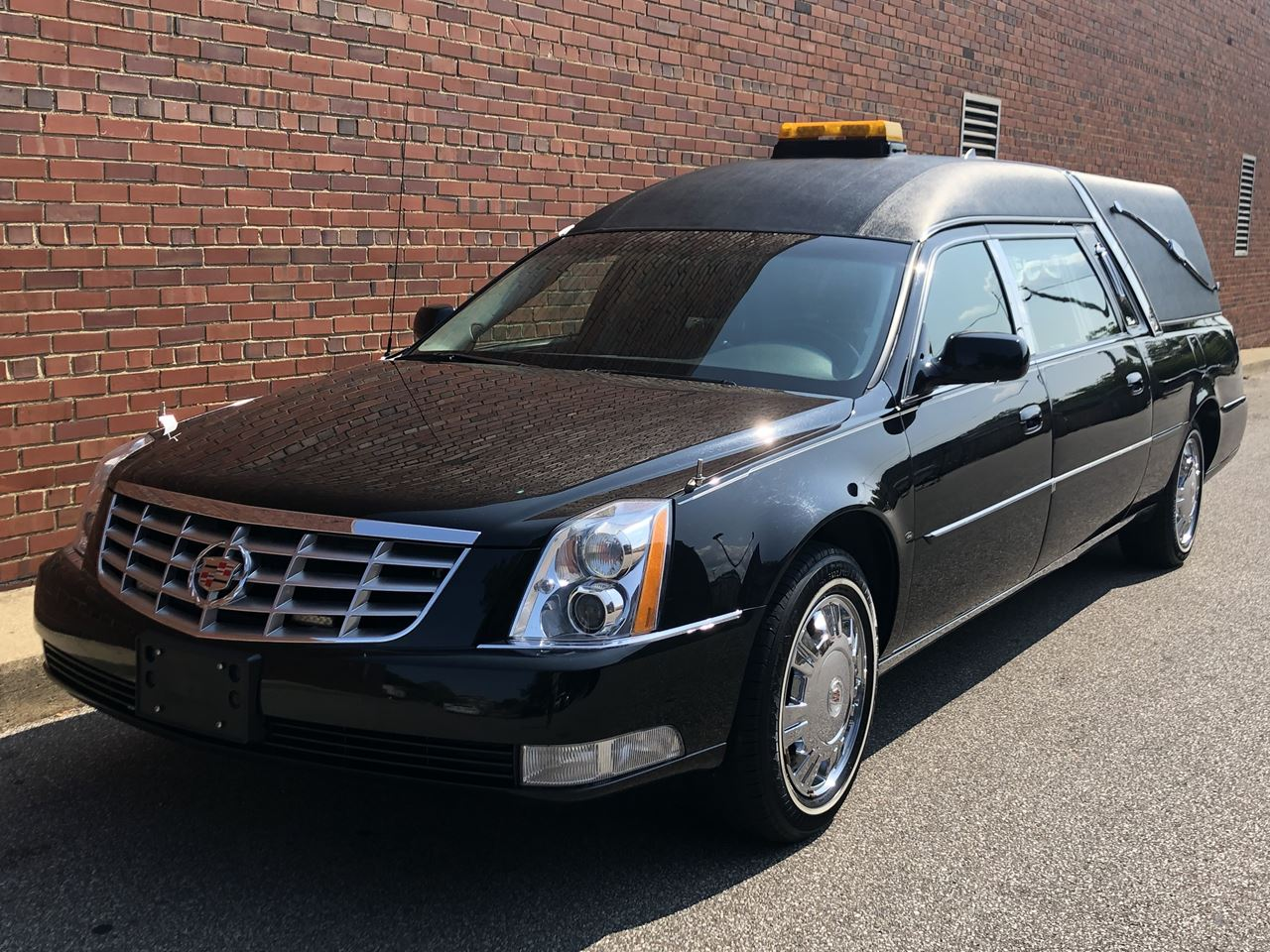 2011 Cadillac Eagle Ultimate Elite Hearse 1 19