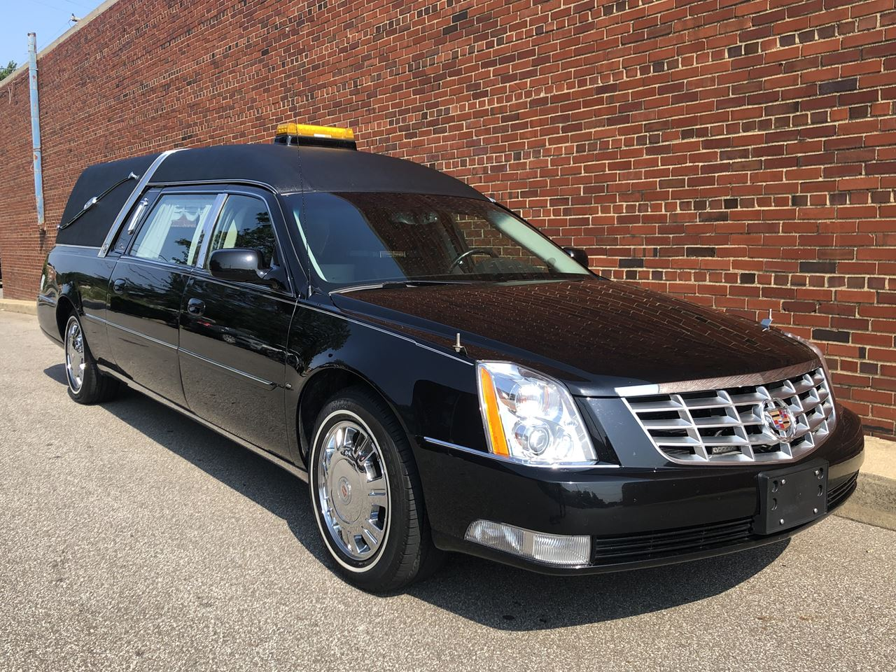 2011 Cadillac Eagle Ultimate Elite Hearse 1 2