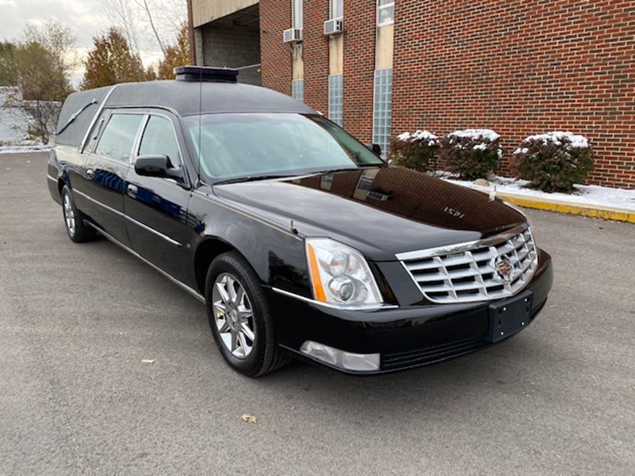 2011 Cadillac Eagle Ultimate Hearse 2 12