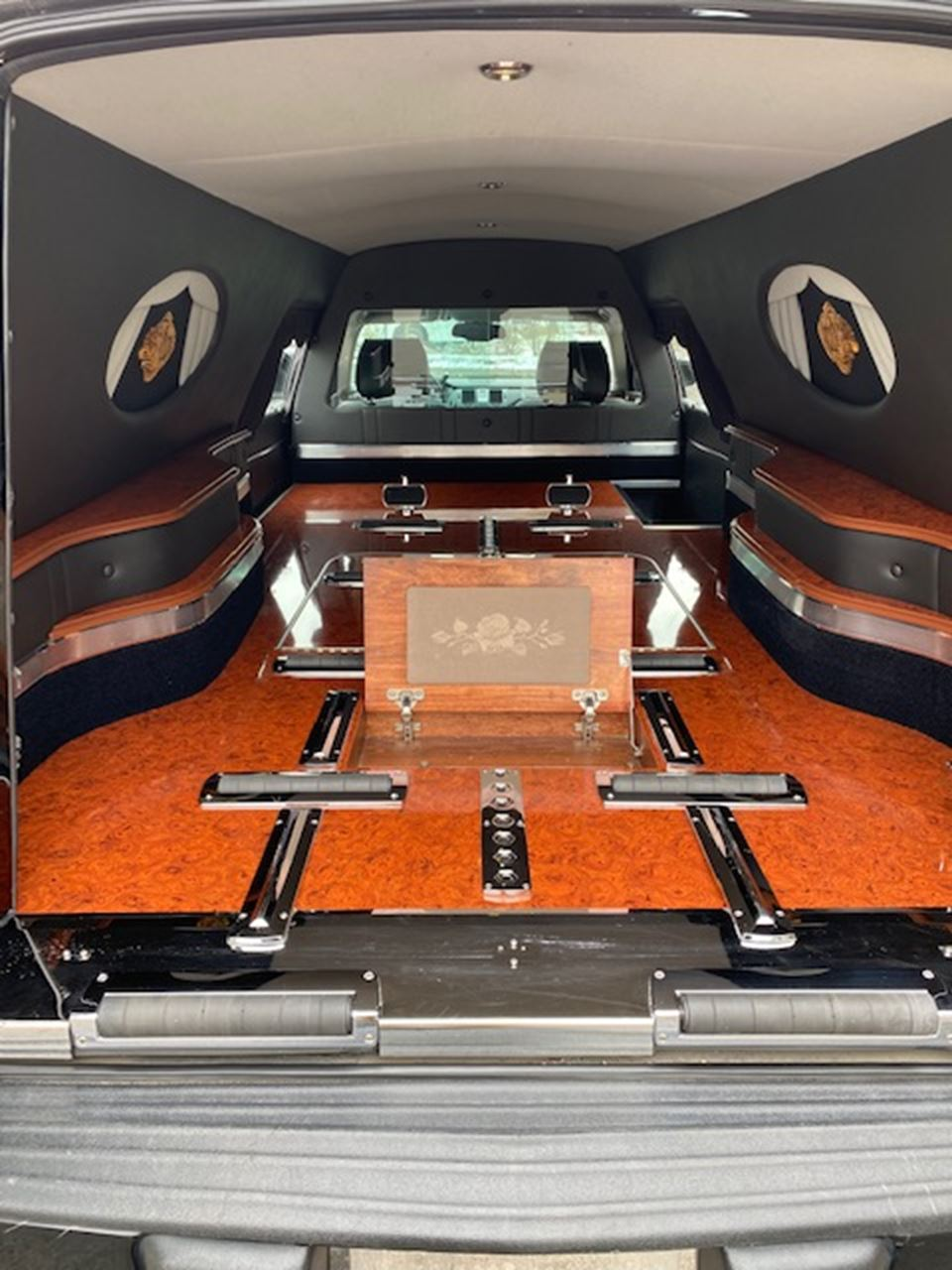 2011 Cadillac Eagle Ultimate Hearse 2 5