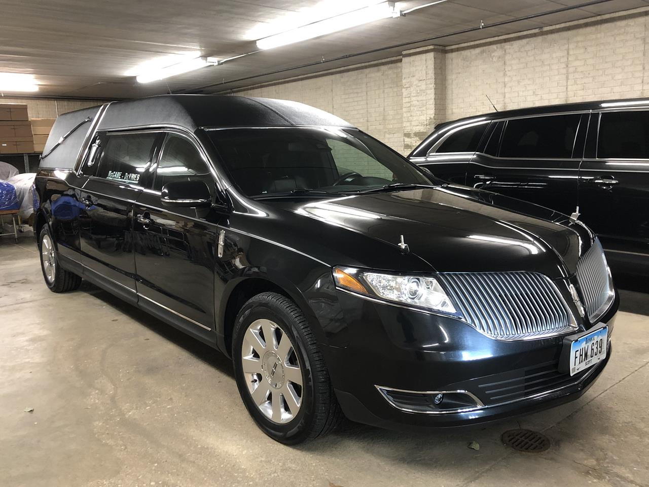2013 Lincoln Federal Stratford Hearse