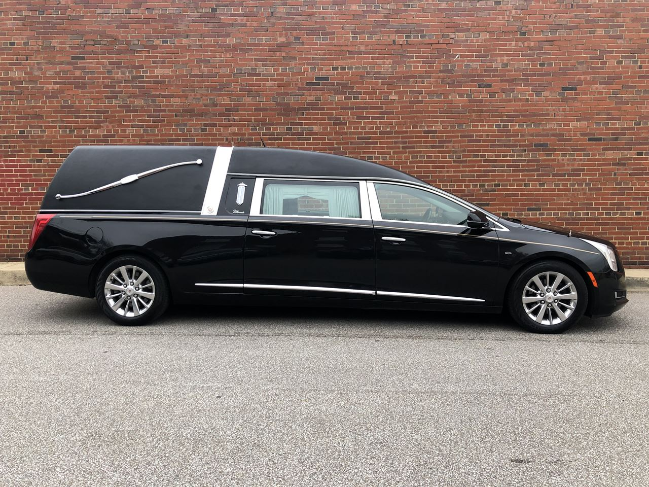 2014 Cadillac Eagle Ultimate Hearse