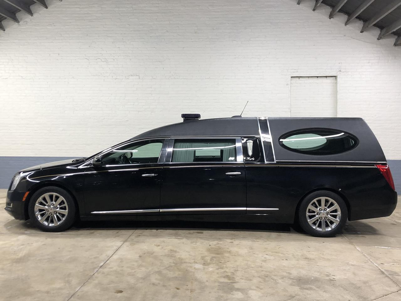 2015 Cadillac Eagle Kingsley Hearse