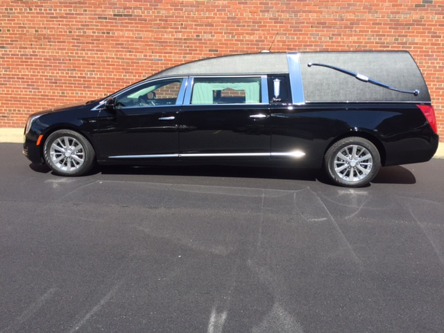 2016 Cadillac Eagle Kingsley Hearse
