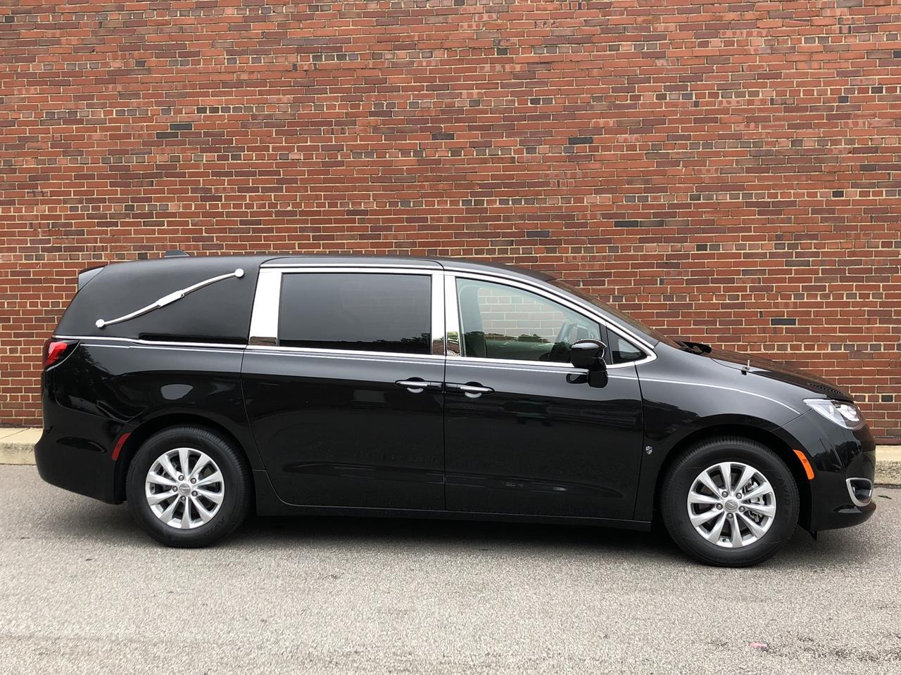 2018 Chrysler K2 1st Call Van Van