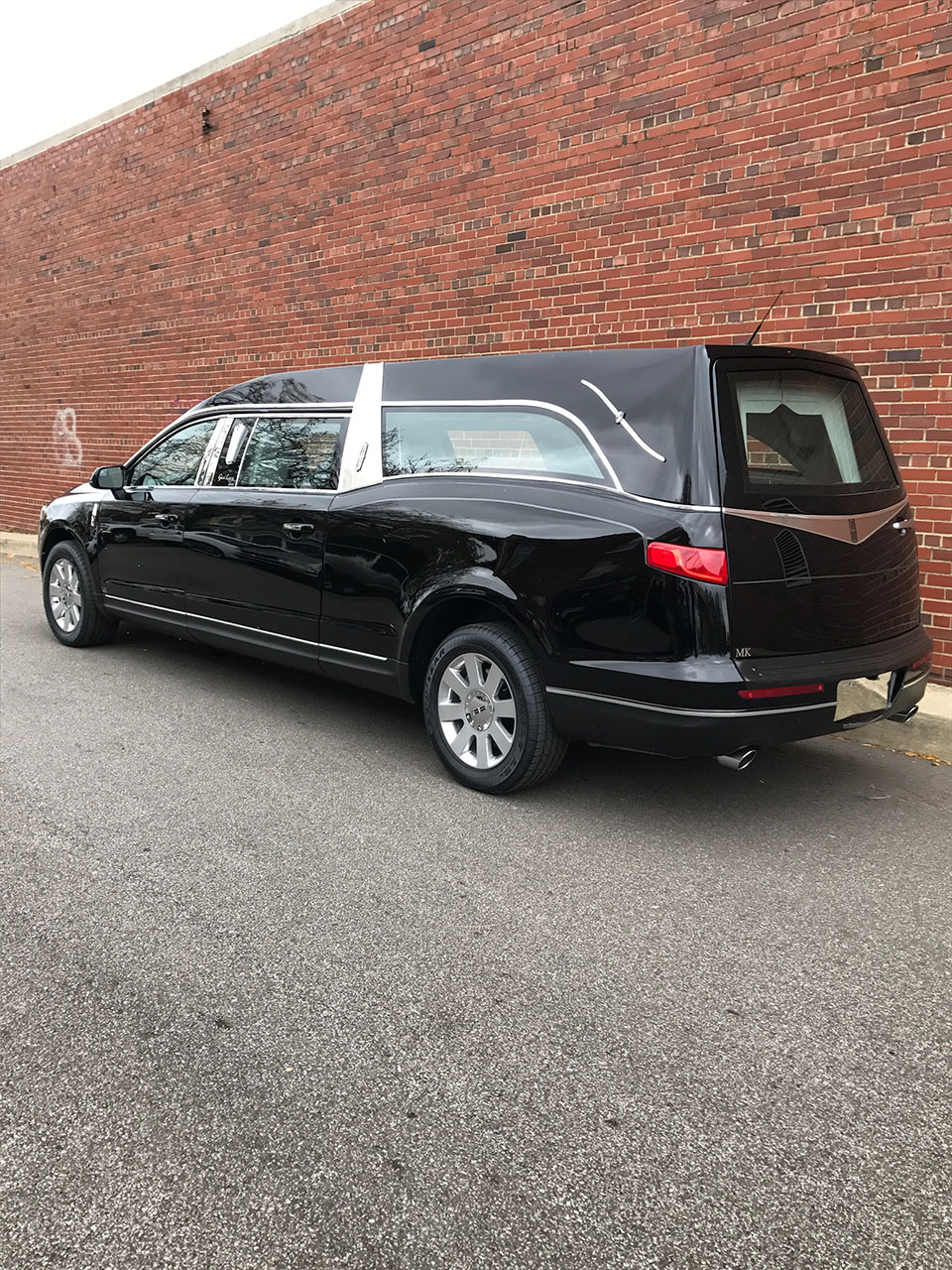 2018 Lincoln Mk Grand Legacy Limited Hearse