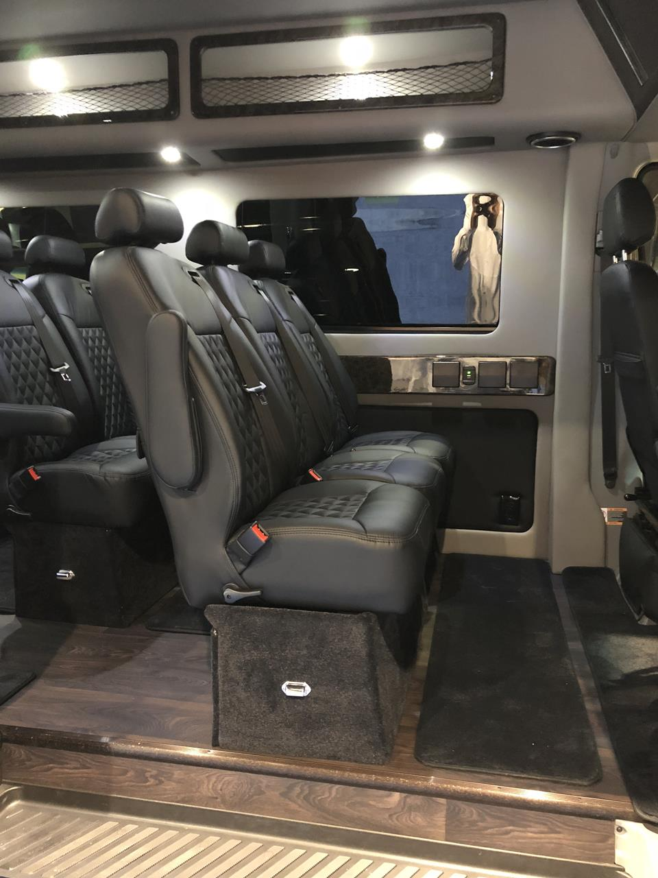 2018 Mercedes Executive Shuttle 14 Passenger Limousine 8