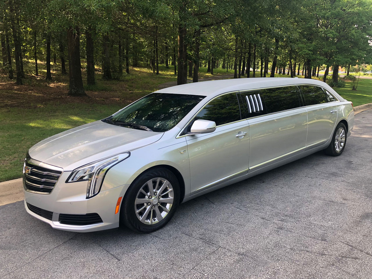 2019 Armbruster Stageway Cadillac 70 Stretch Limousine 15