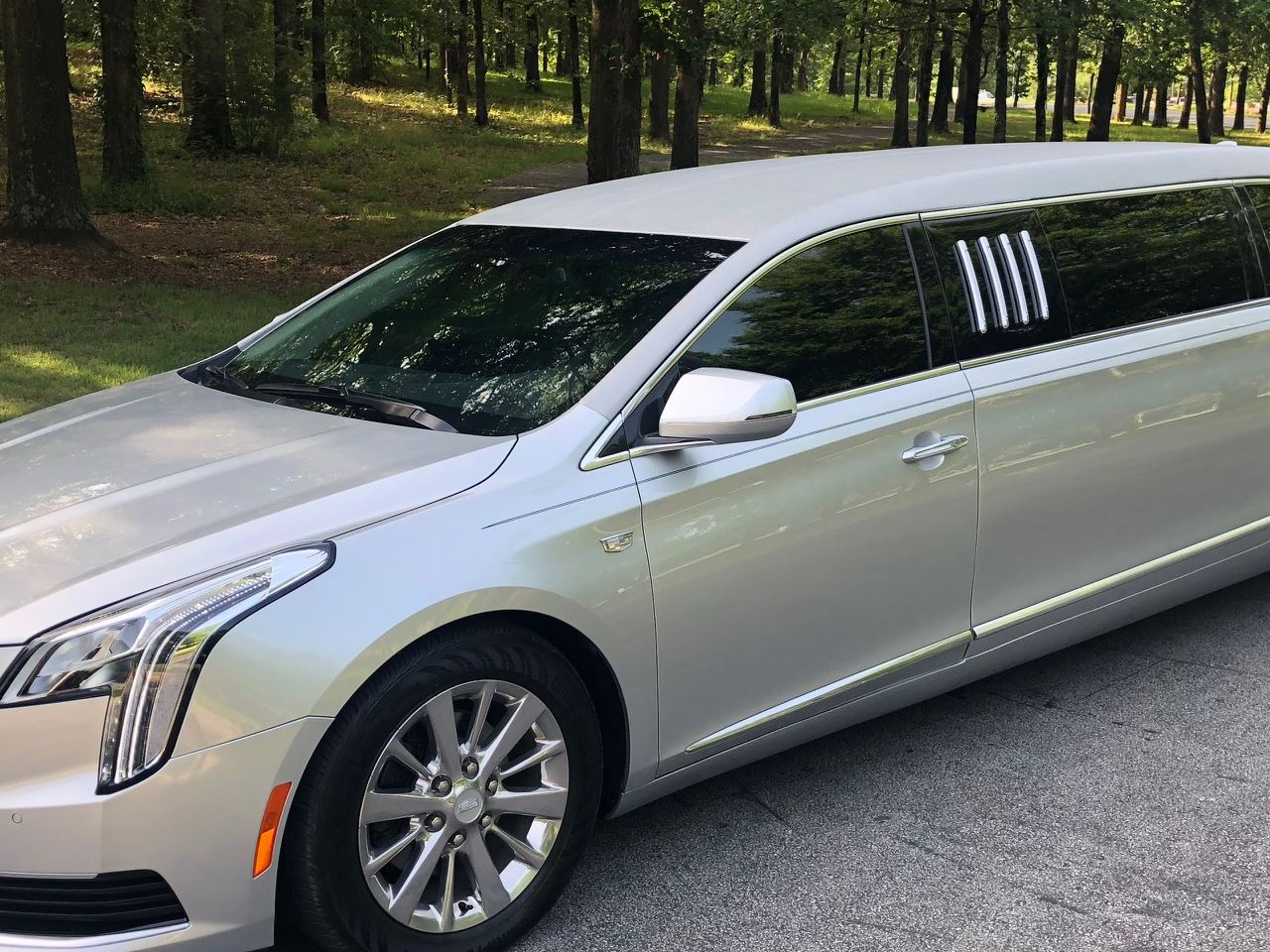 2019 Armbruster Stageway Cadillac 70 Stretch Limousine 3