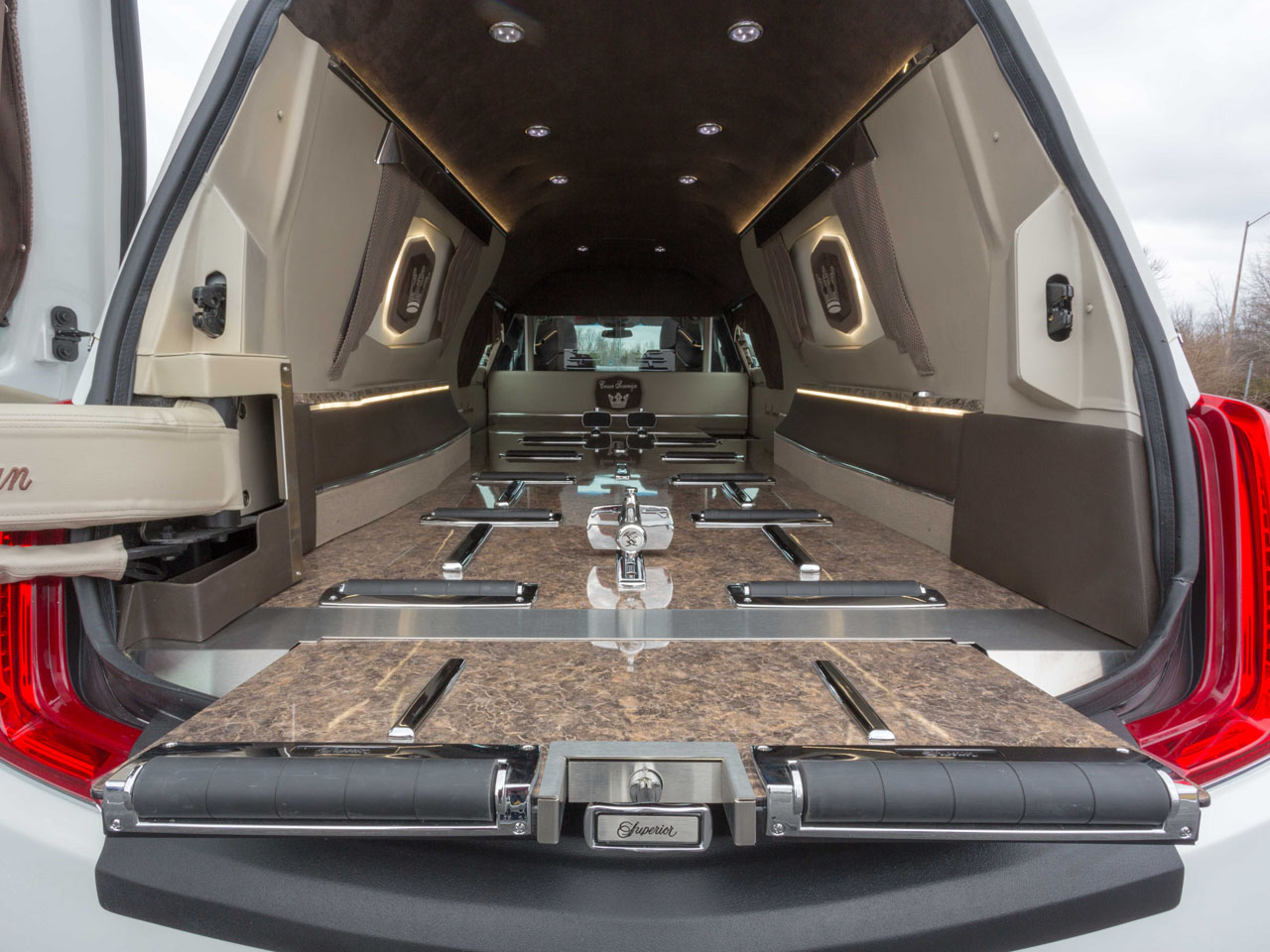 2019 Cadillac Crown Sovereign Hearse 7