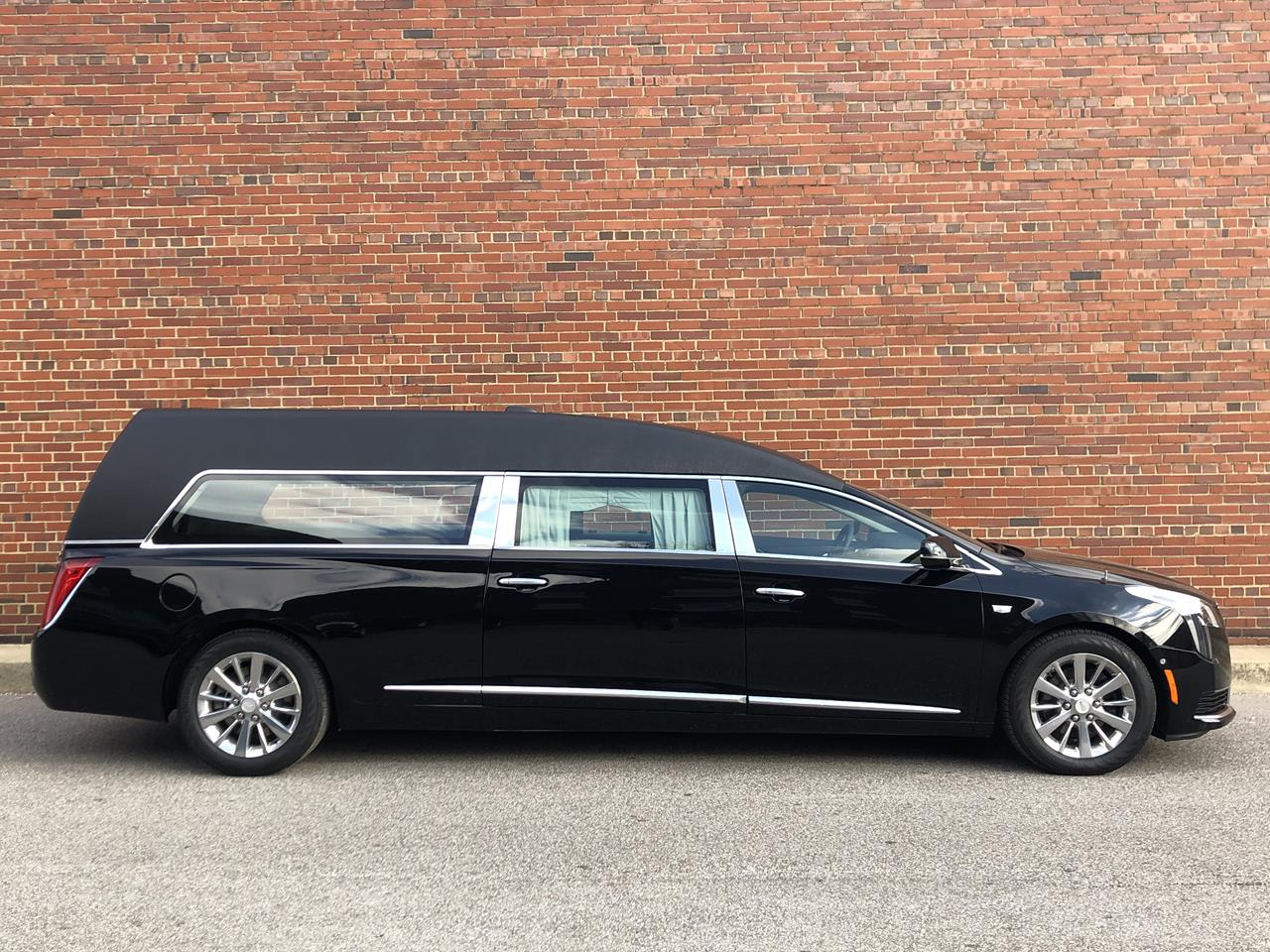 2019 Cadillac Eagle Kensington Hearse