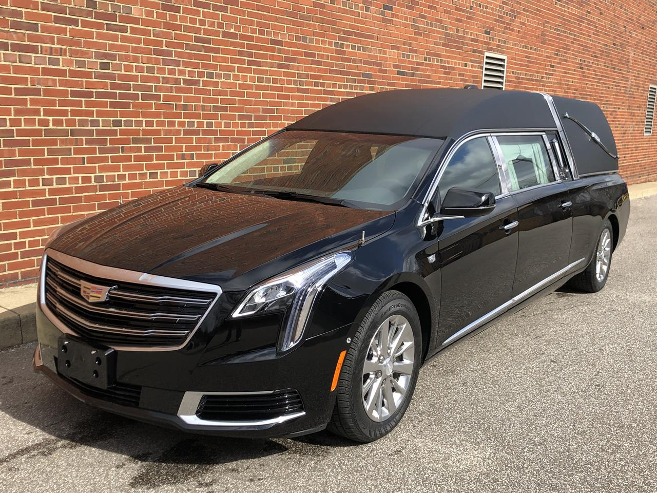 2019 Cadillac Eagle Kingsley Hearse 19 18