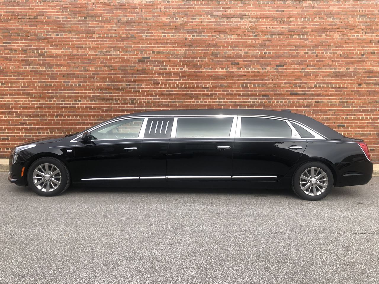 2019 Cadillac SS 70 Stretch Limousine 402 19