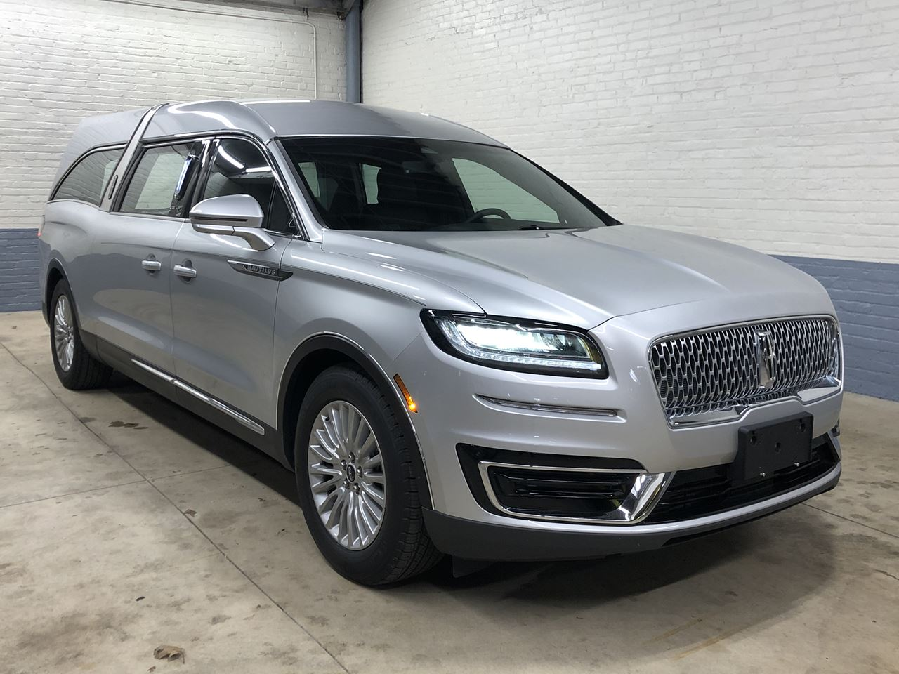 2019 Lincoln Nautilus MK Grand Legacy Limited 322 22