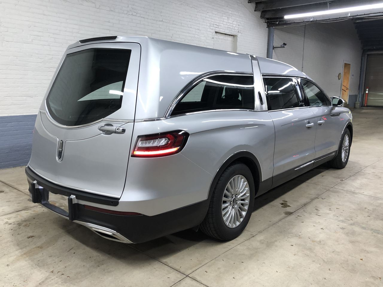2019 Lincoln Nautilus MK Grand Legacy Limited 322 23