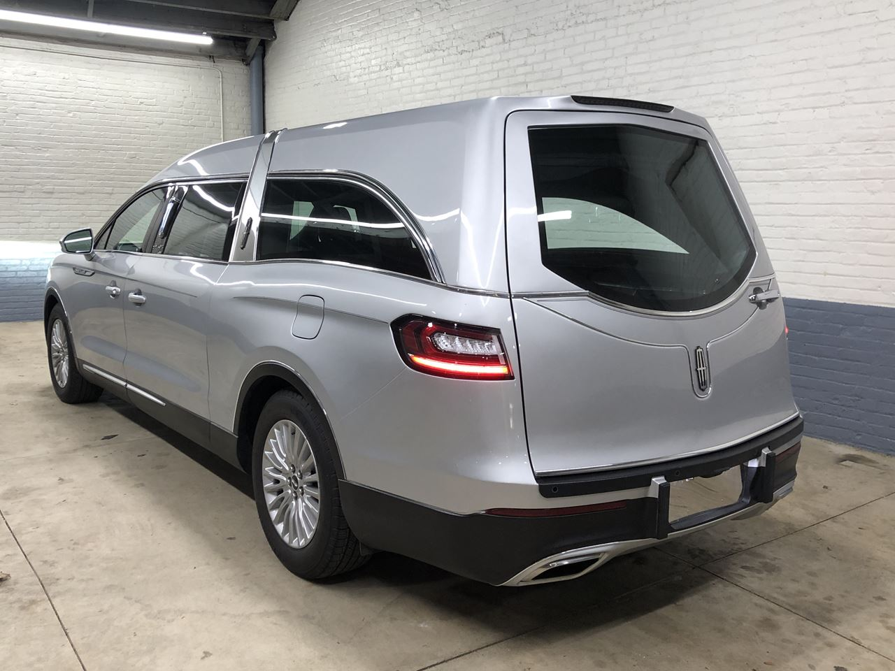 2019 Lincoln Nautilus MK Grand Legacy Limited 322 5