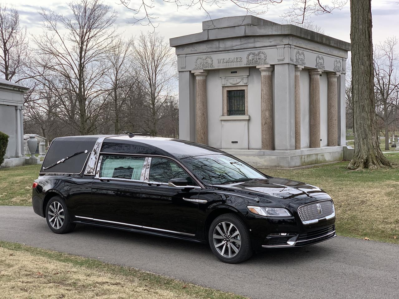 2019 Lincoln S&S Majestic Hearse