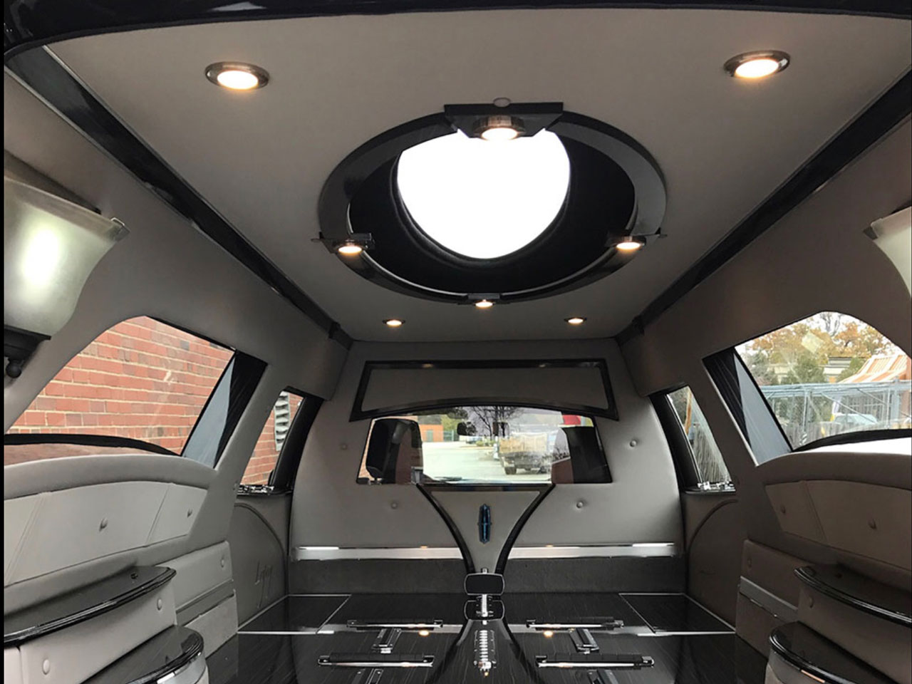 2019 MK Coach Company Grand Legacy Limited Hearse 4