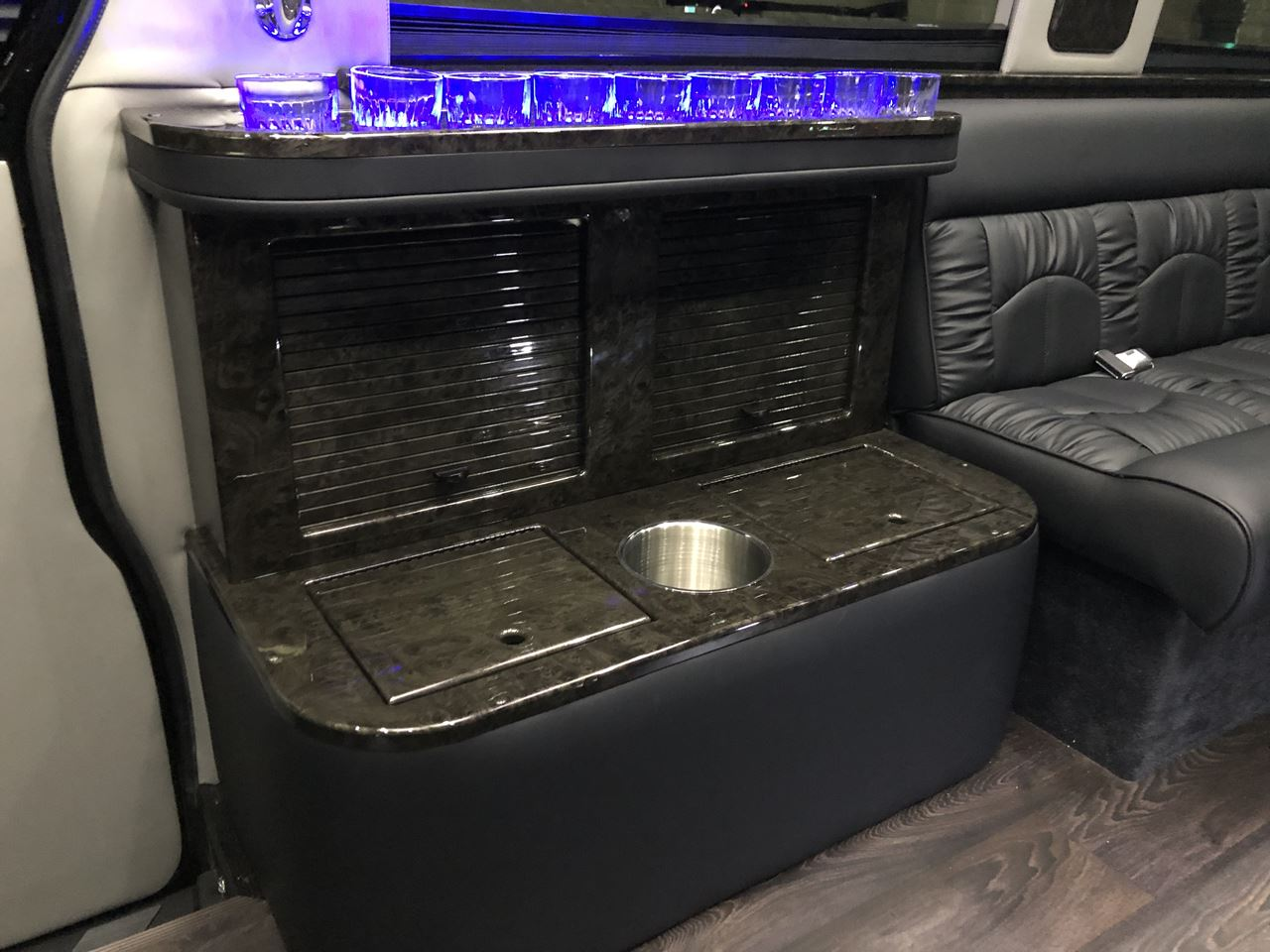 2019 Mercedes Benz Midwest Automotive Sprinter Limousine 21 15