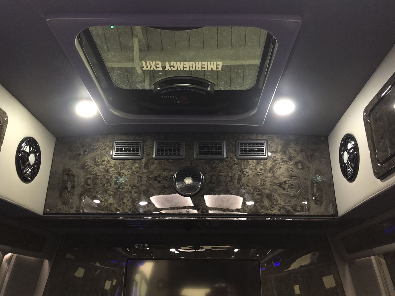 2019 Mercedes Benz Midwest Automotive Sprinter Limousine 21 19