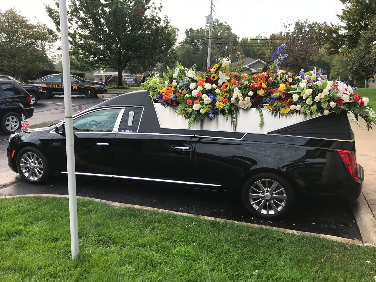 2019 Platinum Coach Cortege Flower Car 2