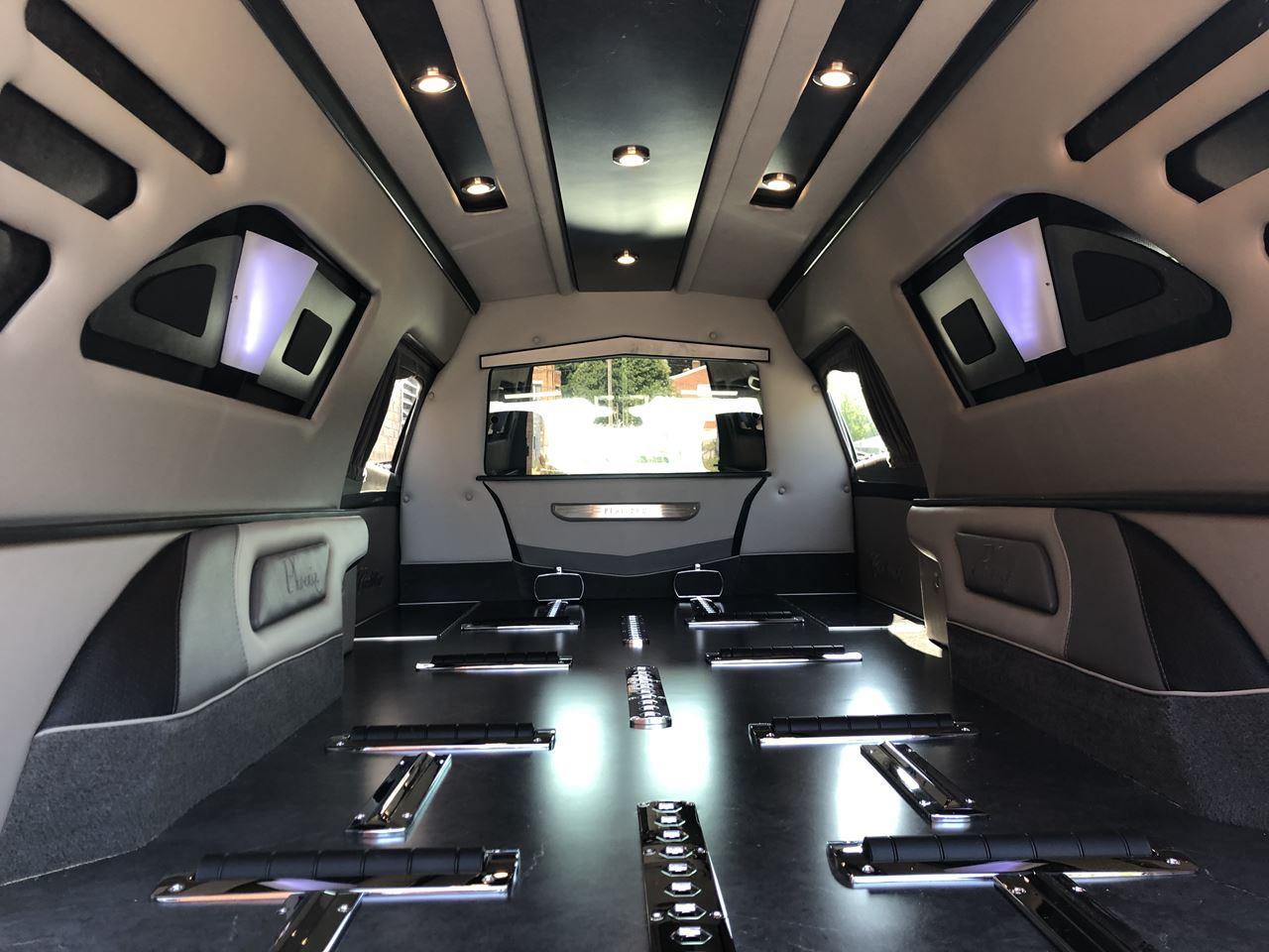 What Is A Livery Vehicle >> 2020 Platinum Cadillac Phoenix Hearse For Sale Near Me